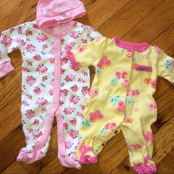 66a167e86f8a Preemie baby girl floral pajamas. M 5ac0a7b02ab8c53e1f7a4319